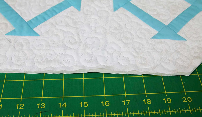 A puffy edge on the trimmed table runner