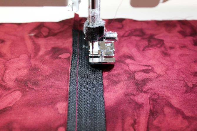 Using the zipper foot to insert a zipper