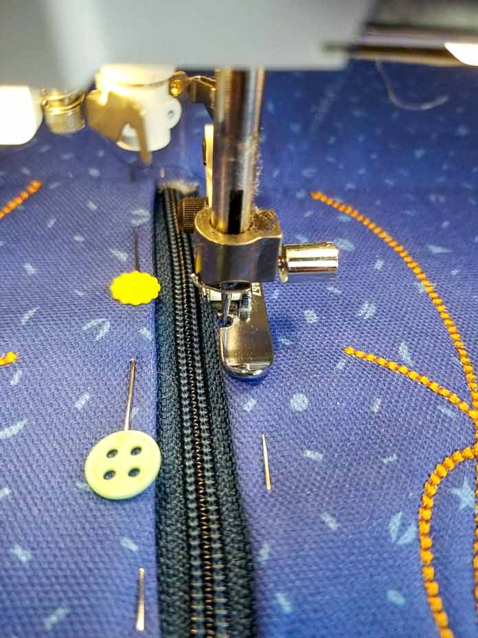 The Narrow Zipper Foot makes it easy to sew the zipper in place