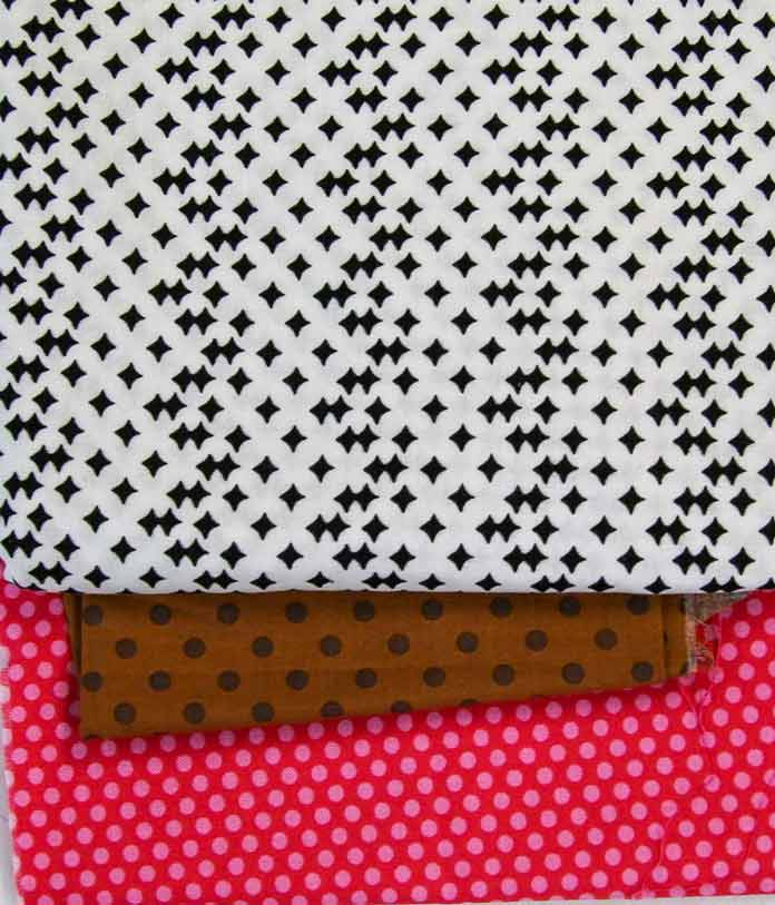 Base fabric for three barnyard animal pot holders