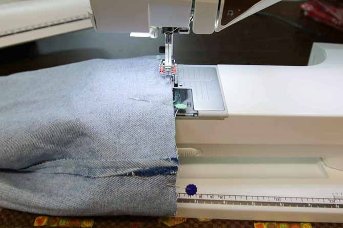 Sew around the top edge of the lining and the outer part