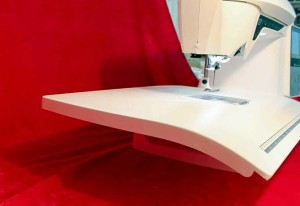The elegant line of the Extension Table