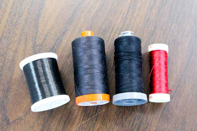 Various types of thread that can be used for the blanket stitch
