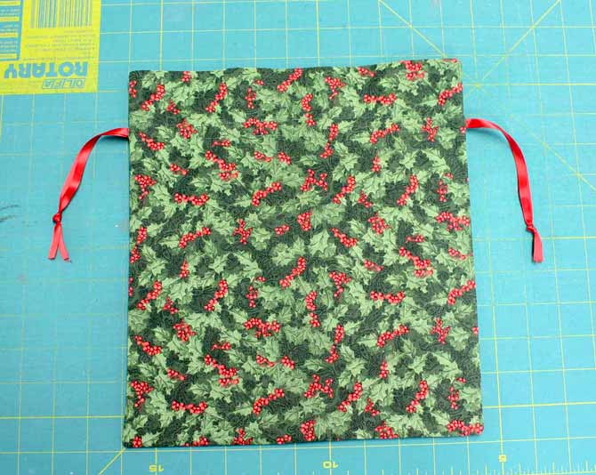 The completed fabric gift bag