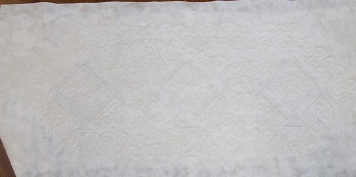 The back of the quilted table runner