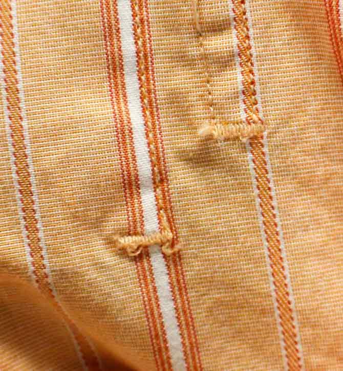 Bar tack to reinforce pocket top