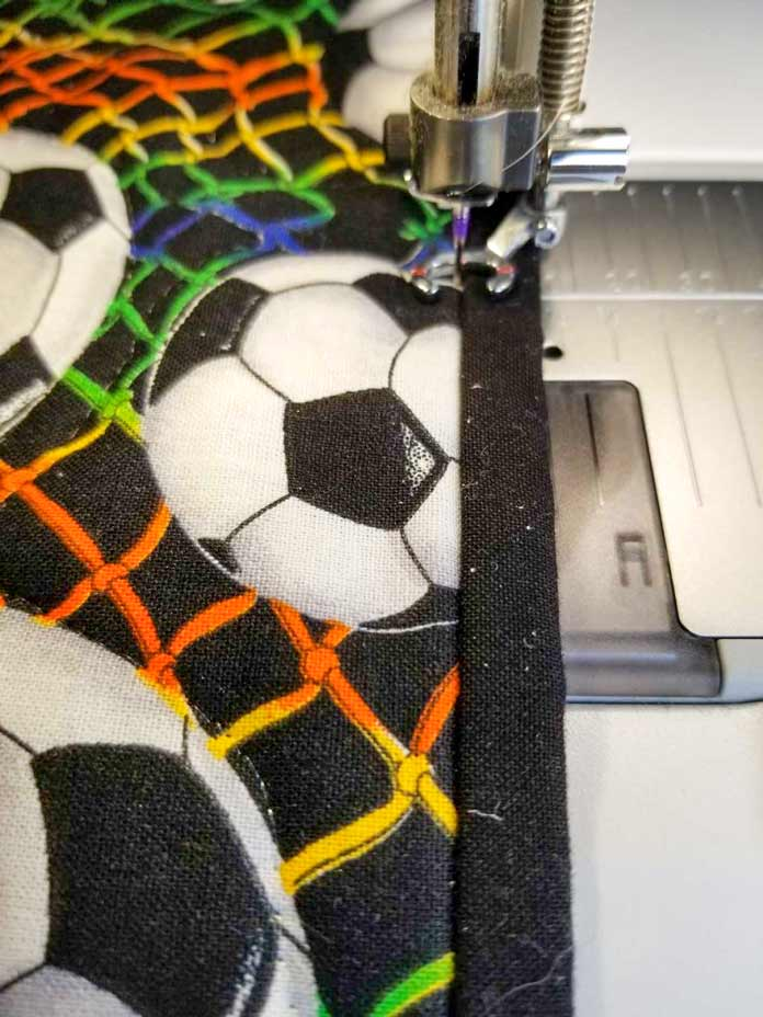 Quilting the border