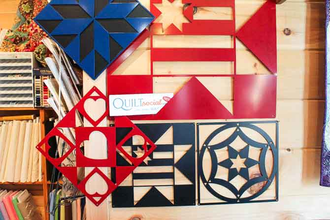 Love these quilt blocks made from metal. Awesome wall art for indoors or outdoors