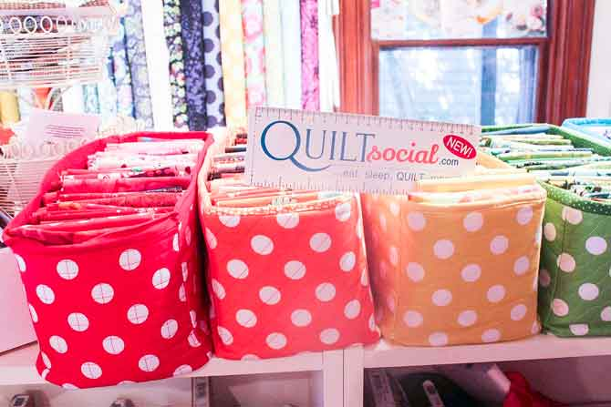 Polka dot storage box for fat quarters