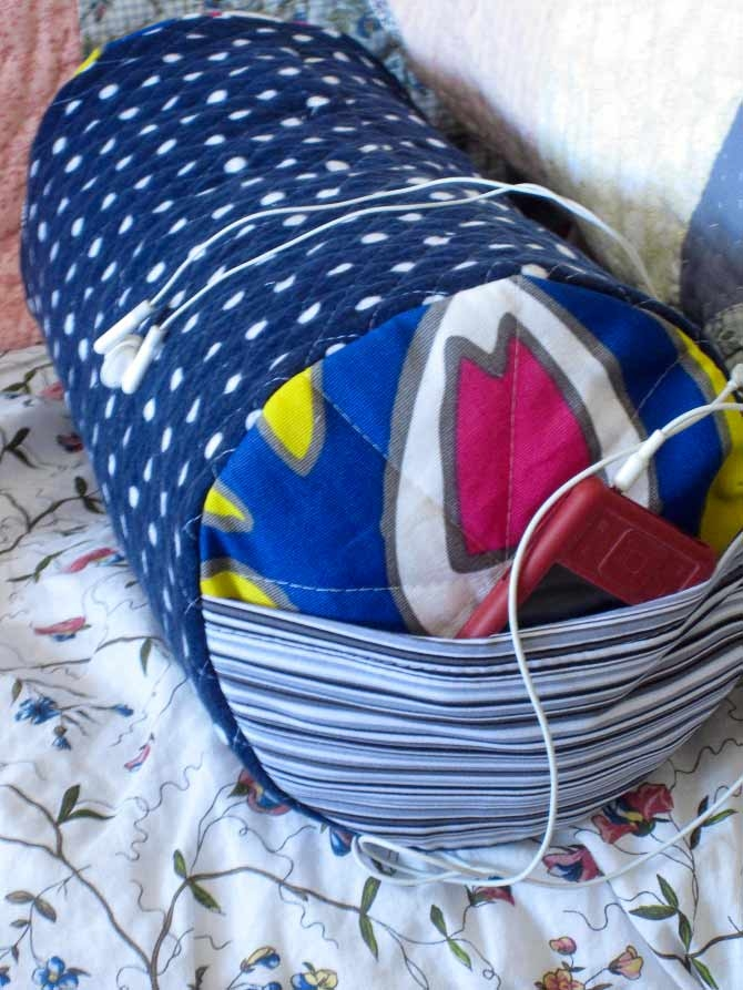 Quilting a Study Pillow for College Life