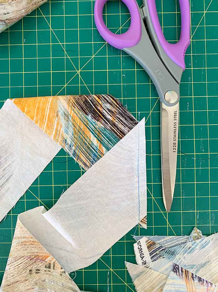 A picture showing a close up of quilt binding and KAI scissors