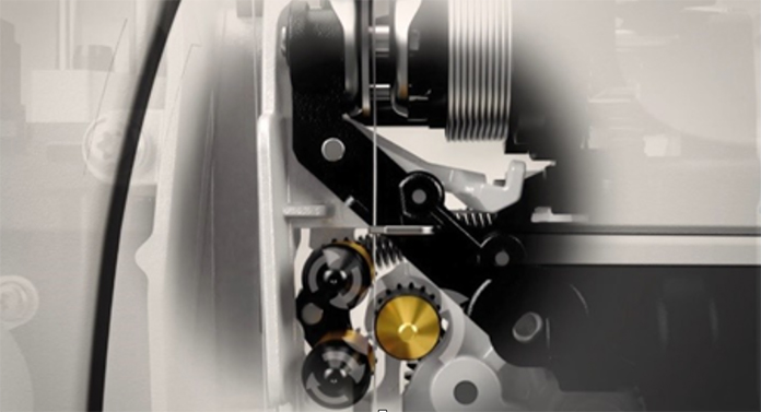 The tension discs and the portioning wheels of the deLuxe™ Stitch System on the Husqvarna Viking Designer Sapphire™ 85