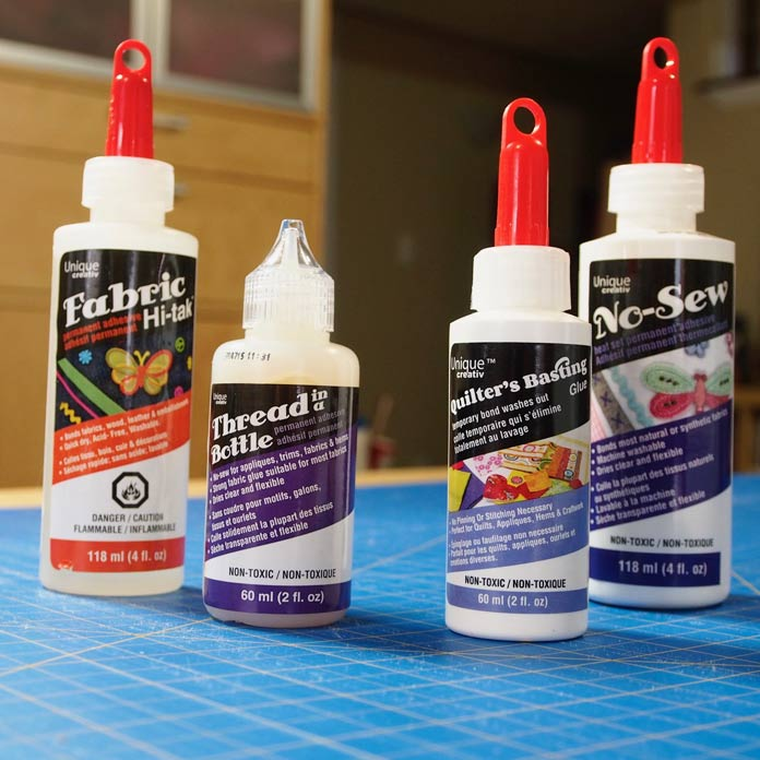 Glues from the Unique Creativ line
