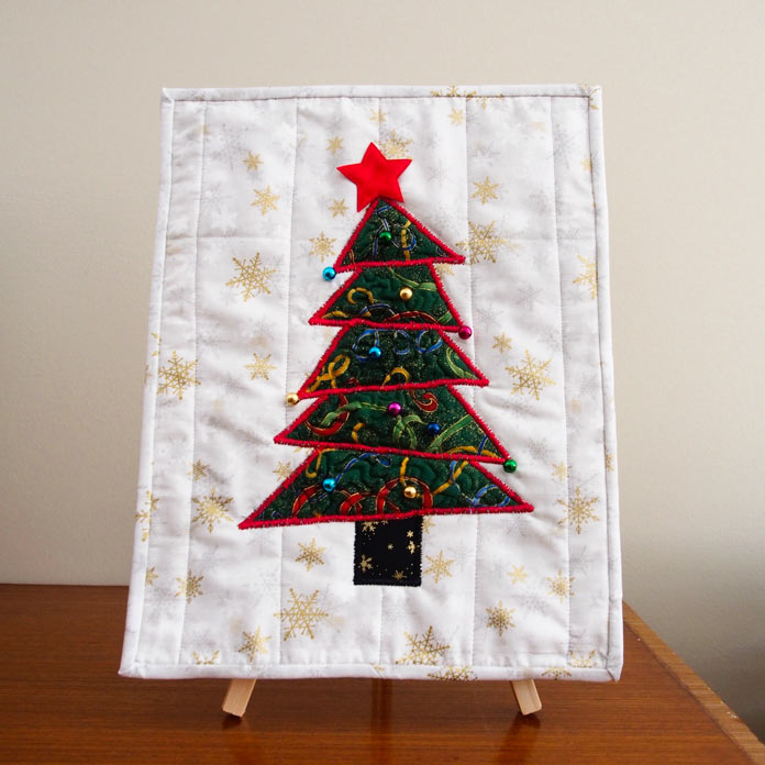 The Festive Tree Wallhanging