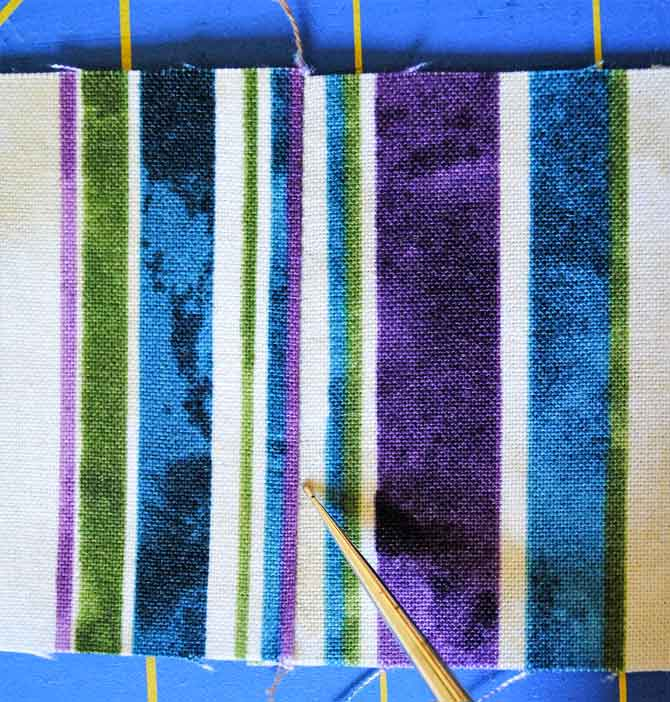 Border strips joined with a straight seam - you can hardly see the seam