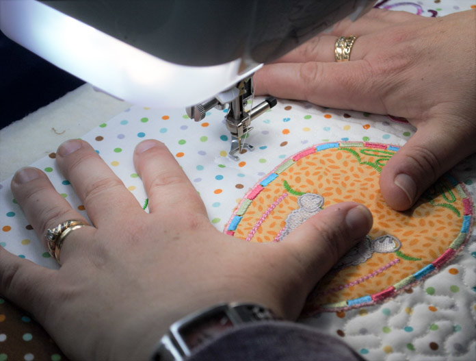 Hand position while machine quilting