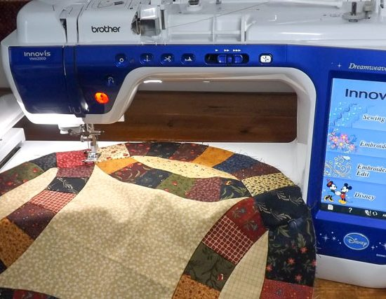 Making a Double Wedding Ring bed runner and table top