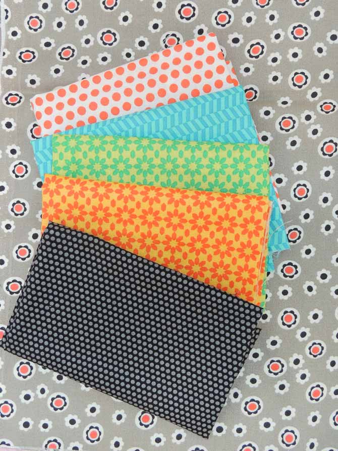 small print fabrics, table runner fabric requirements