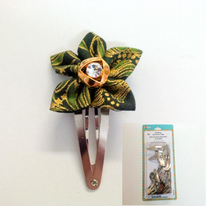 Fabric flower with binding clip