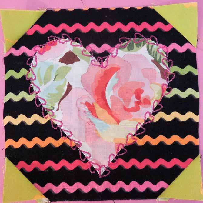 Splendid Sampler Hearts Aflutter block