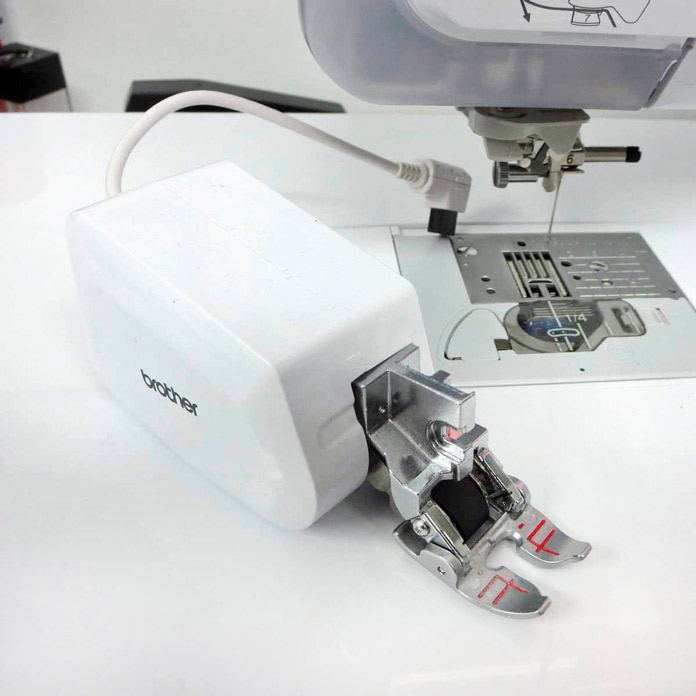 The MuVit Digital Dual Feed Foot for the Brother Innov-ís BQ3050 sewing and quilting machine. Brother Innov-ís BQ3050 sewing and quilting machine, MuVit Digital Dual Feed Foot, Sugar Crystals collection by Banyan Batiks