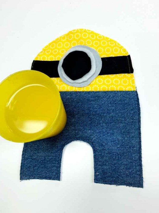 Finished minion mug rug.