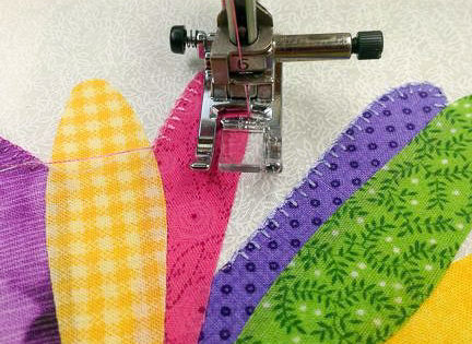 Finishing Fusible Applique With A Blanket Stitch Quiltsocial