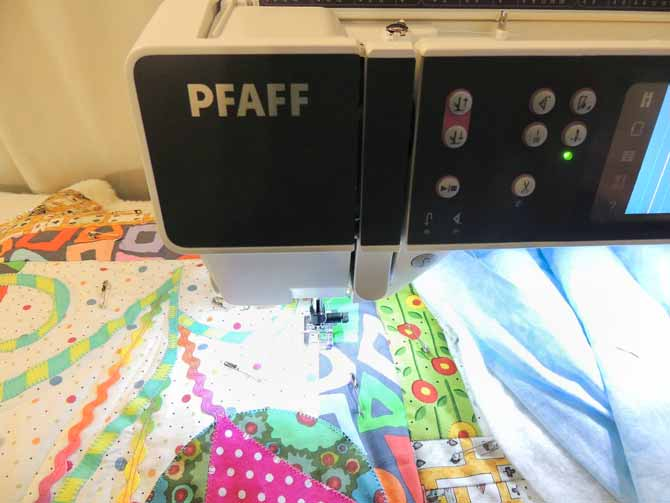 Top 440 Features Of PFAFF Creative 44040 Quilting Is Bliss Magnificent Pfaff Creative 30 Sewing Machine