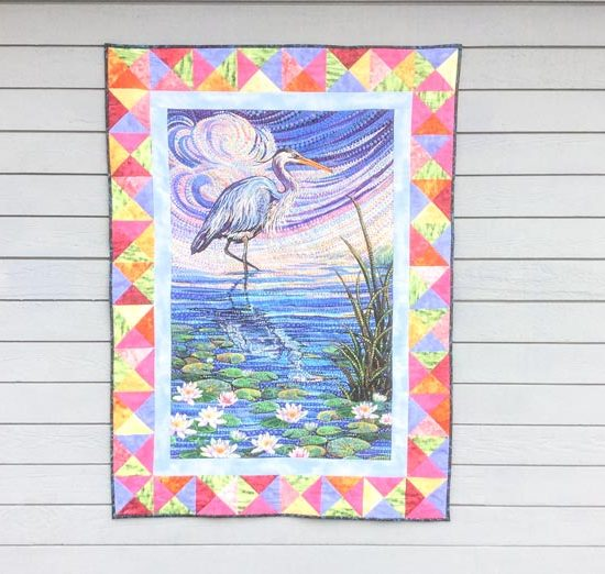 We have completed our thread painted quilt made with the Artisan Spirit Water Garden panel using Sulky / Schmetz / Northcott / Gütermann / Fairfield