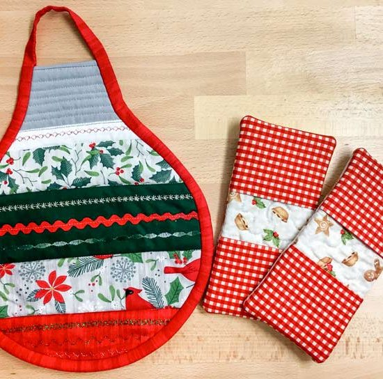 Holiday Ornament Hot Pad and Microwave Mitts