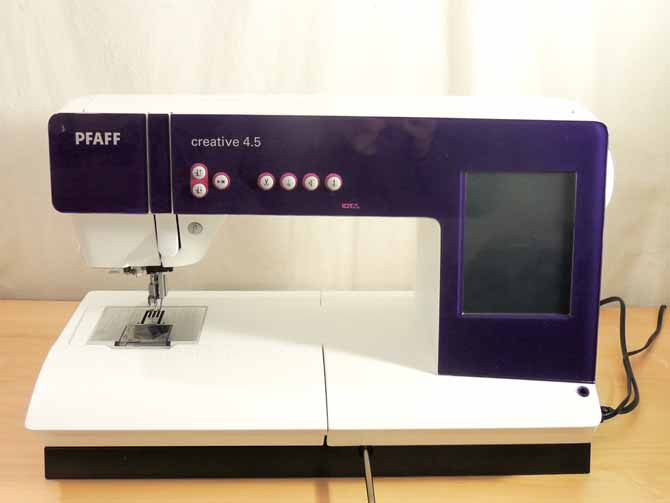 PFAFF Creative 4.5 Sewing Machine