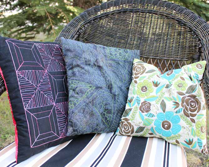 Cushions quilted with WonderFil's Fruitti #13 Hibiscus, Accent #2235 Avocado and Spagetti #05 Turquoise