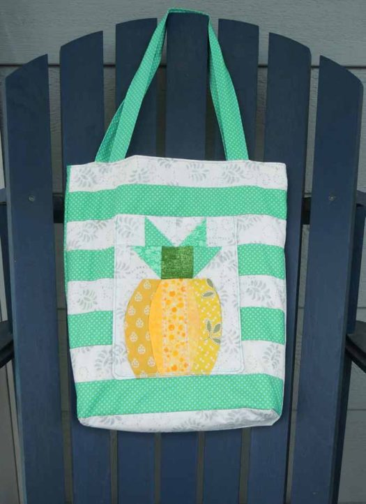 Pineapple pocket side of quilted book bag