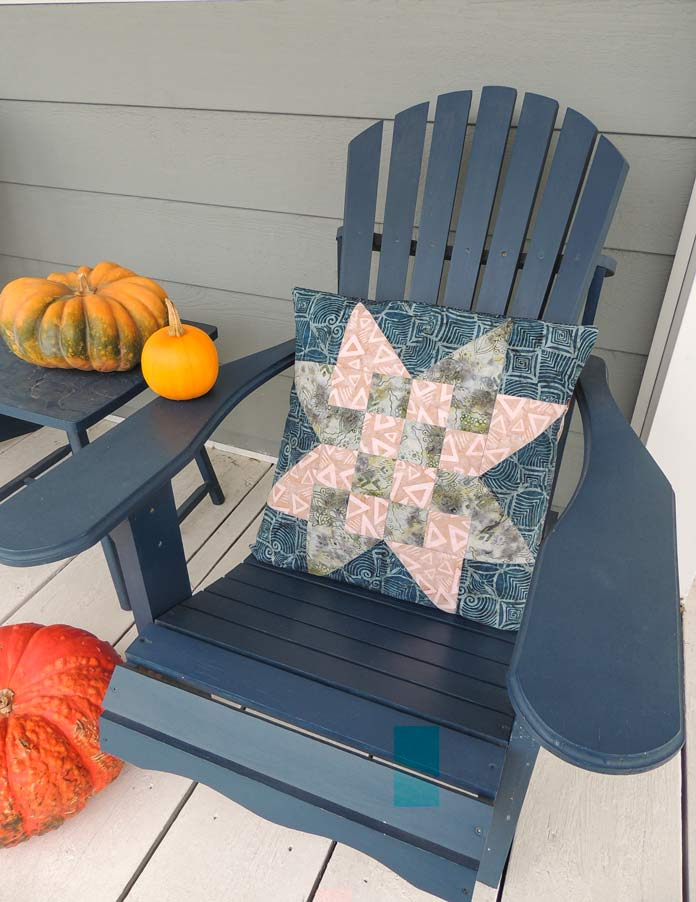 Rock City checkerboard star quilted cushion cover