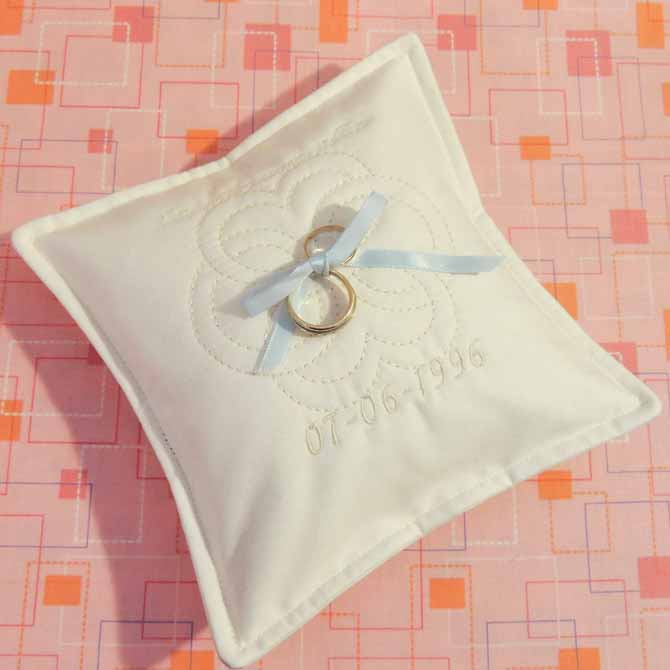 rings on the pillow
