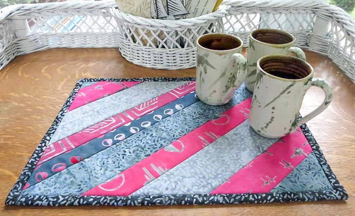 Table mat from leftover strips