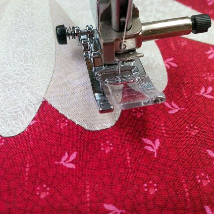 Finishing Fusible Applique With A Satin Stitch QUILTsocial Beauteous Satin Stitch On Sewing Machine