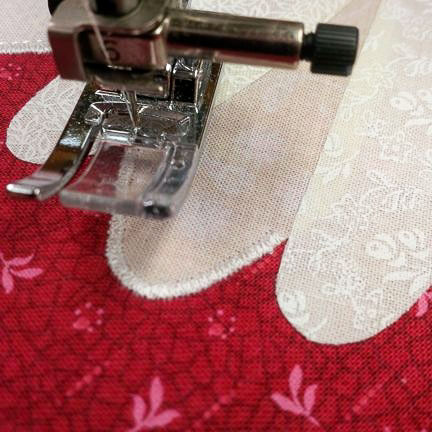 Finishing Fusible Applique With A Satin Stitch QUILTsocial Mesmerizing Satin Stitch On Sewing Machine