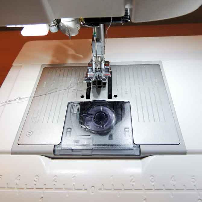 straight stitch needle plate PFAFF sewing machine Performance 5.2