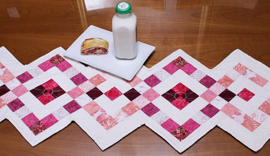 Banishing your blues with this fabulous hot pink table runner