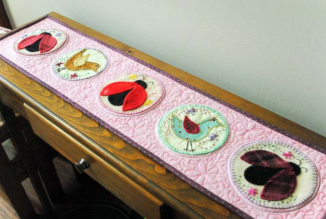 finished appliqued table runner