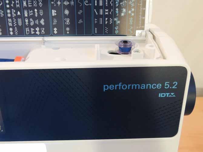 Winding blue bobbin Performance 5.2